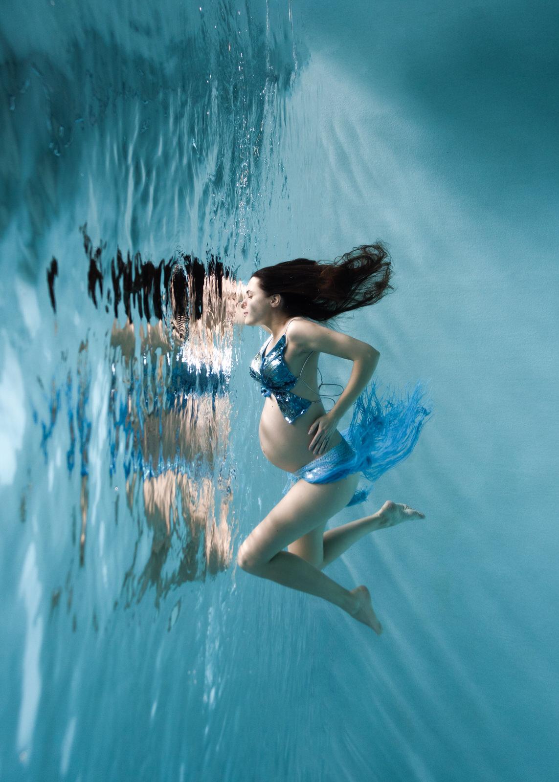 photographe-sous-l'eau-paris-grossesse
